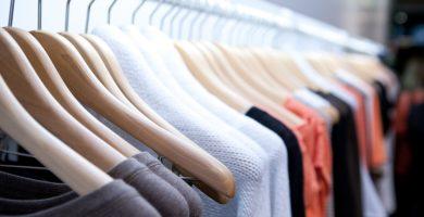 ¿Cómo usar un programa tpv con tallas y colores para gestionar una tienda de ropa?